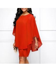 Vestido rojo capa